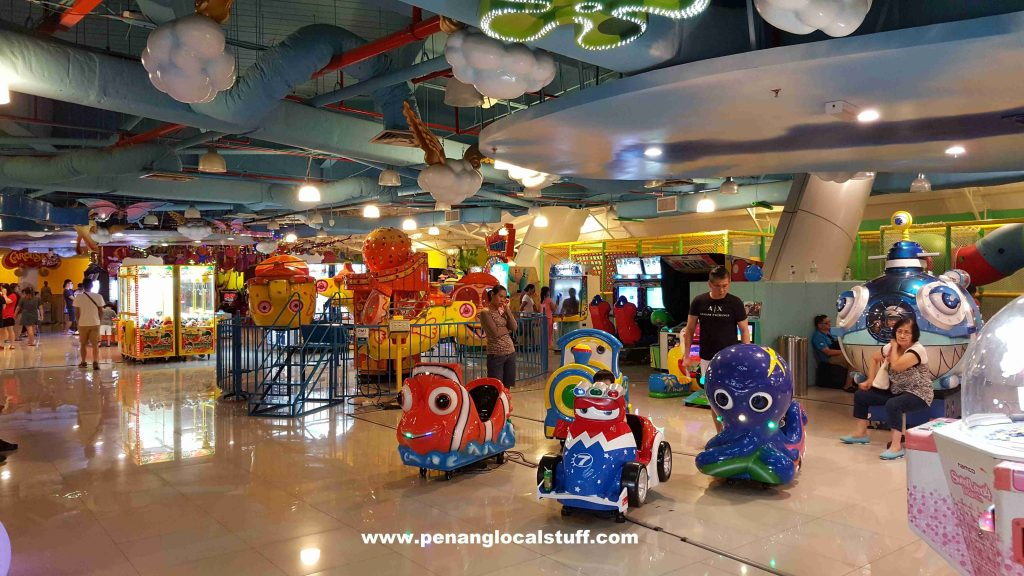 Cartoon World Gurney Paragon Rides
