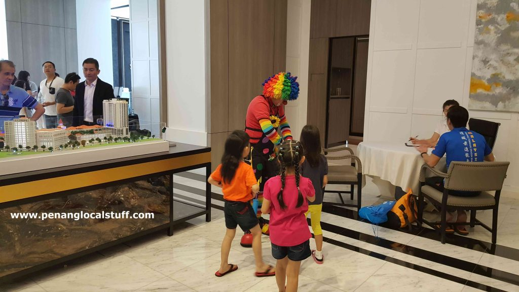 Clown At Straits Residences