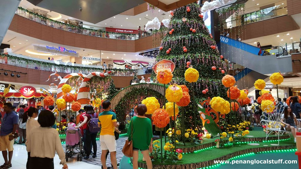Gurney Plaza Christmas 2018 Decorations