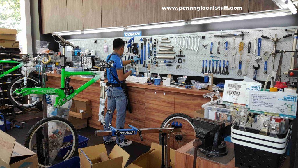 Giant Bicycles Tanjung Tokong Workshop