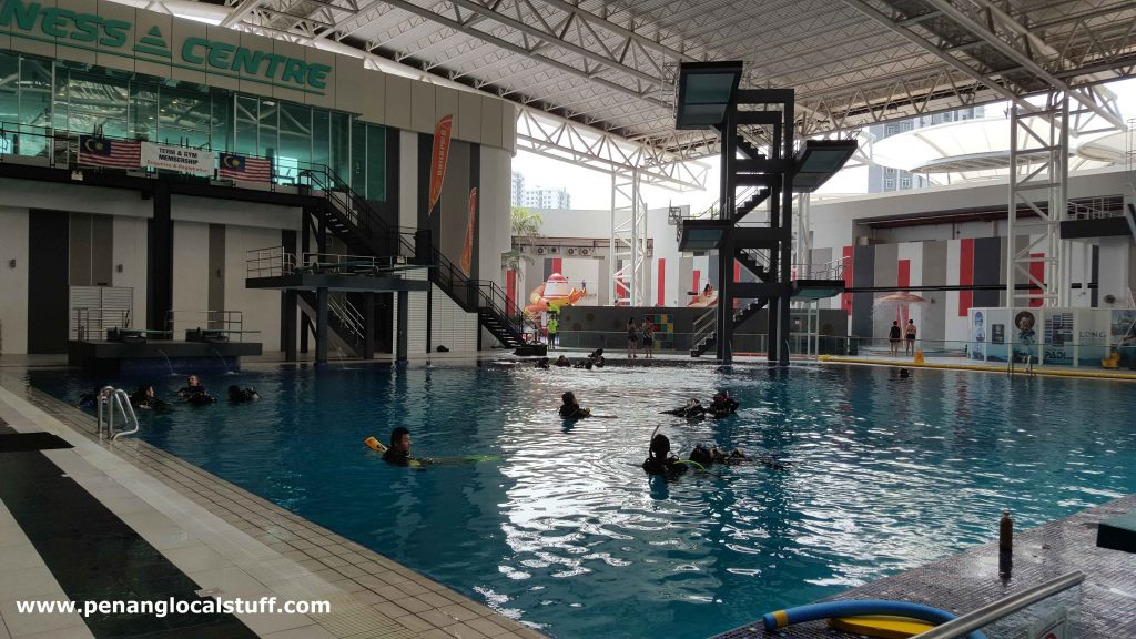 Scuba Diving Class At Setia SPICE Aquatic Centre