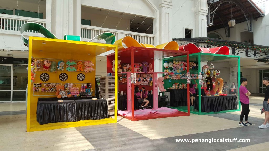 Game Booths At Straits Quay