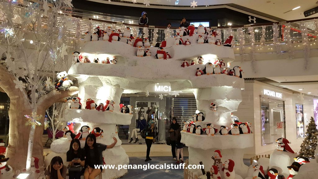 Penguins At Queensbay Mall