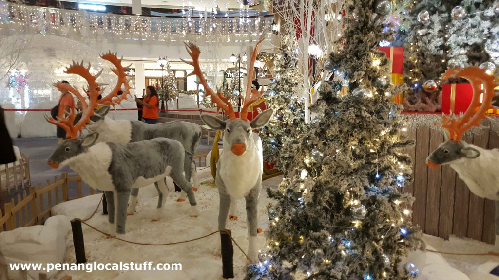 Reindeers At Queensbay Mall