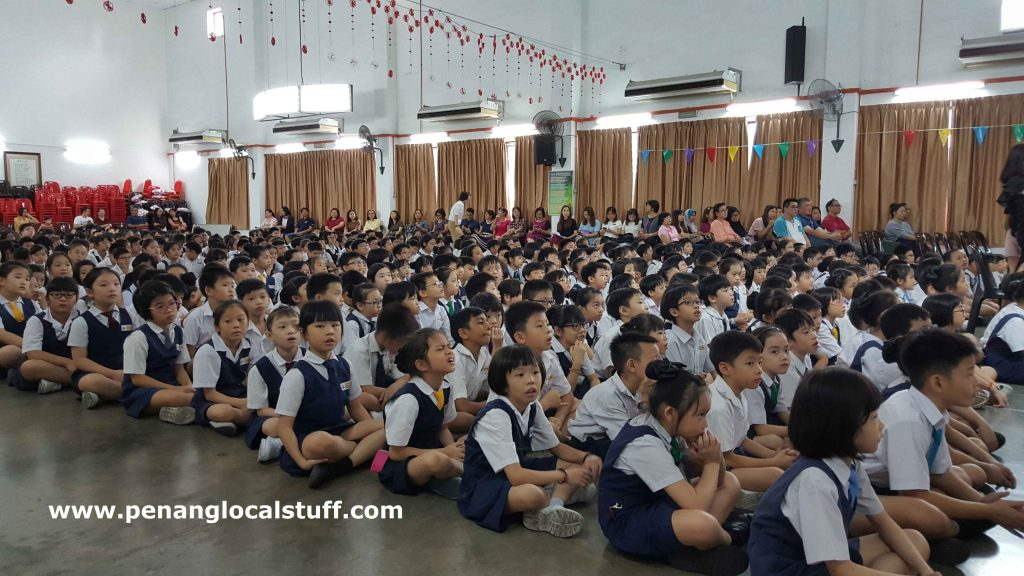 Union Primary School Students In The Main Hall