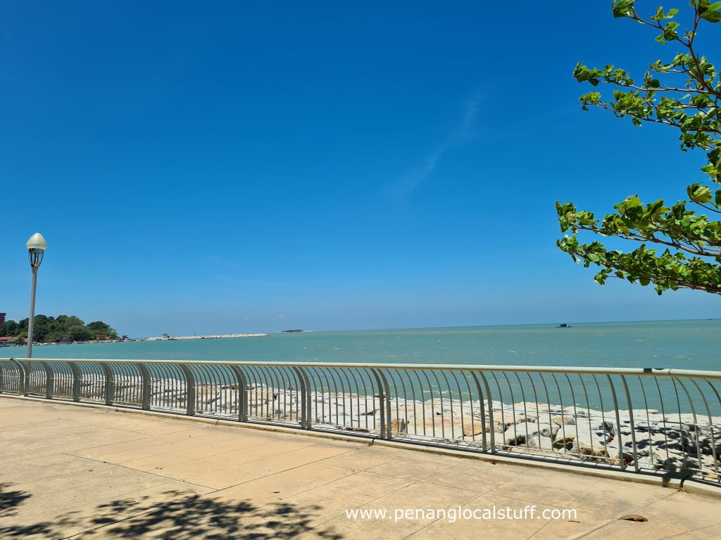 Straits Quay Jogging Path