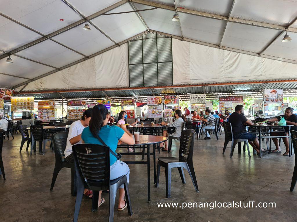 SureWin Cafe Dining Area