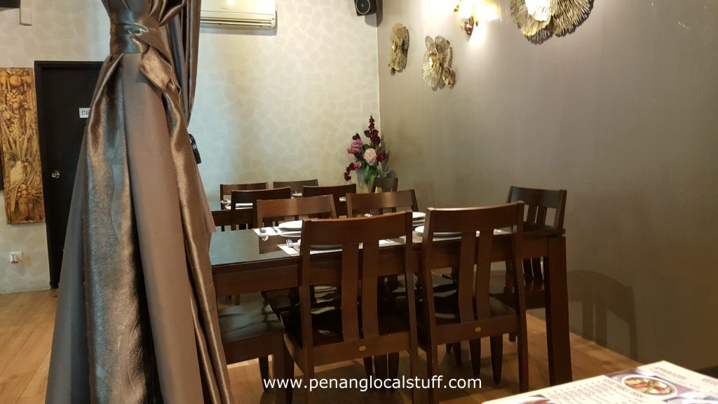 The Garden Lebanon Indoor Dining